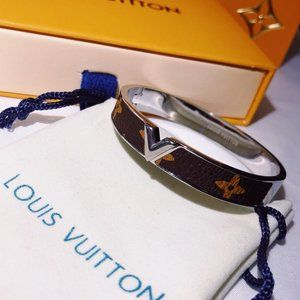 Jewelry - LV Fashion Bracelets